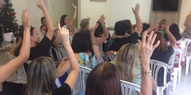 PREFEITO ASSINA ATA E PROMETE BENEFICIAR ENFERMEIROS E DENTISTAS DE SOCORRO