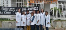 Enfermeiros realizam ato público em frente à Prefeitura de São Cristóvão