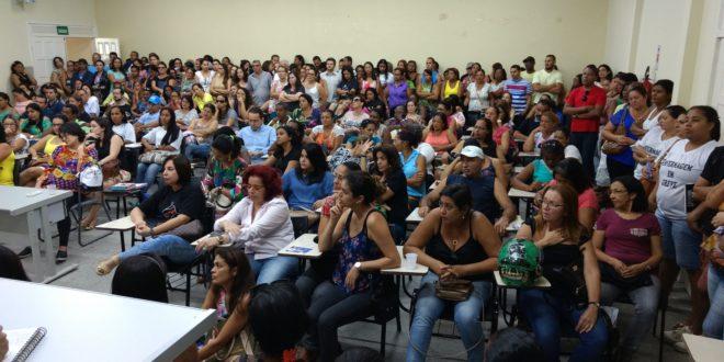 Em assembleia, enfermeiros do município de Aracaju decidem manter a greve