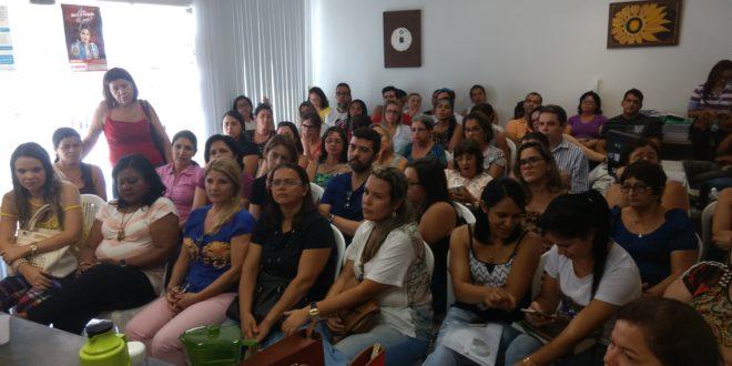 Em assembleia, enfermeiros decidem iniciar greve!