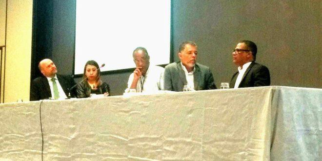Presidente do Seese e em exercício da FNE, Shirley Morales, participa de debate no CNS na Bahia
